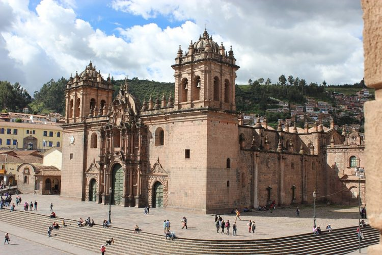 Image of the main façade of the Cathedral of Cusco