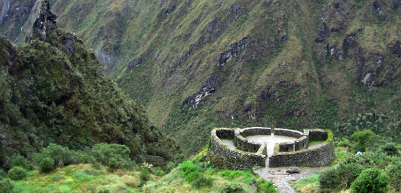 archeologial site in inca trail