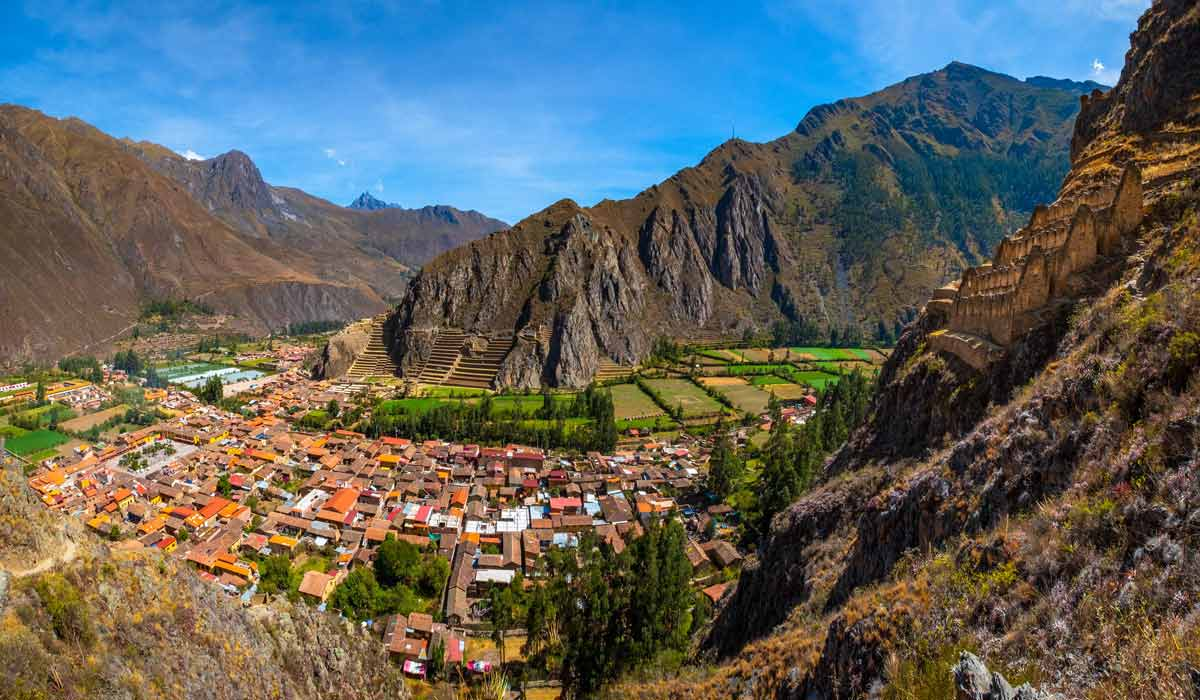 views ollantaytambo ruins