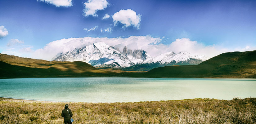 lake and mountain in torres del paine