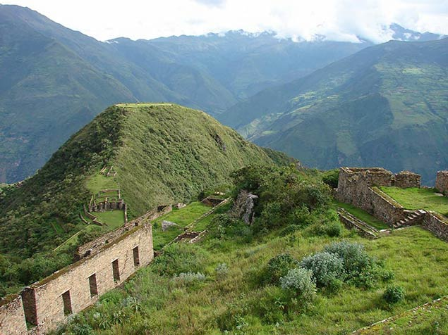 Views of the ruins of Choquequirao