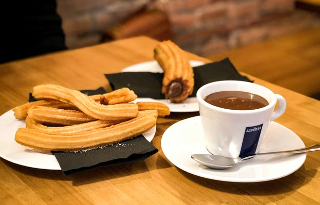 Churros with chocolate order