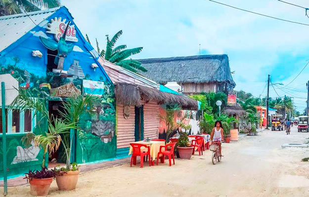 Holbox town houses