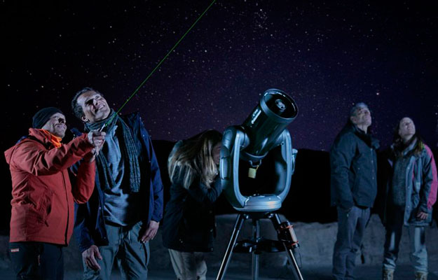 People watching the stars from Teide